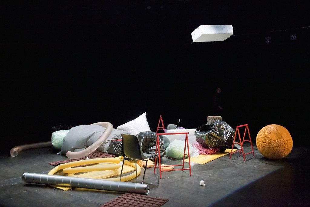 helium-x-Die-grosse-Krise-Foto-Nelly-Rodriguez-13.jpg